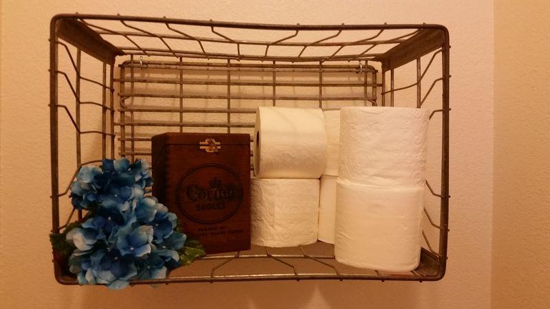 Milk crate loo decor