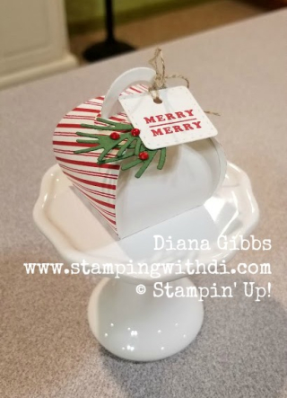 Candy Cane Mini Curvy Keepsakes Box www.stampingwithdi.com
