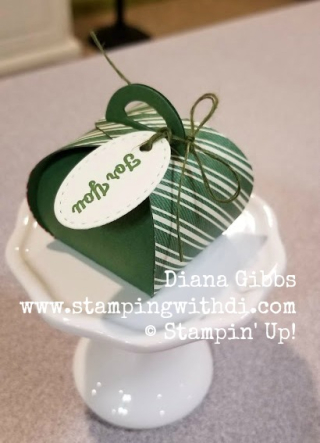 Toile Tidings DSP Green Mini Curvy Keepsakes Box www.stampingwithdi.com