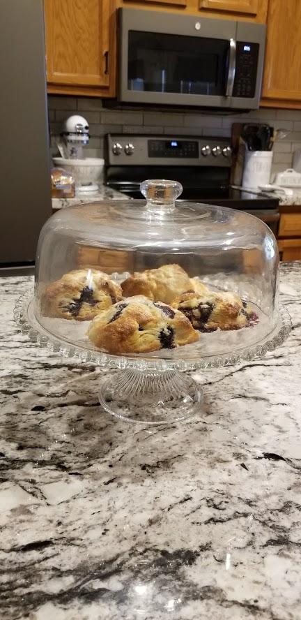 Scones in cake dish