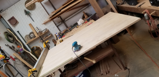 Table top sanding